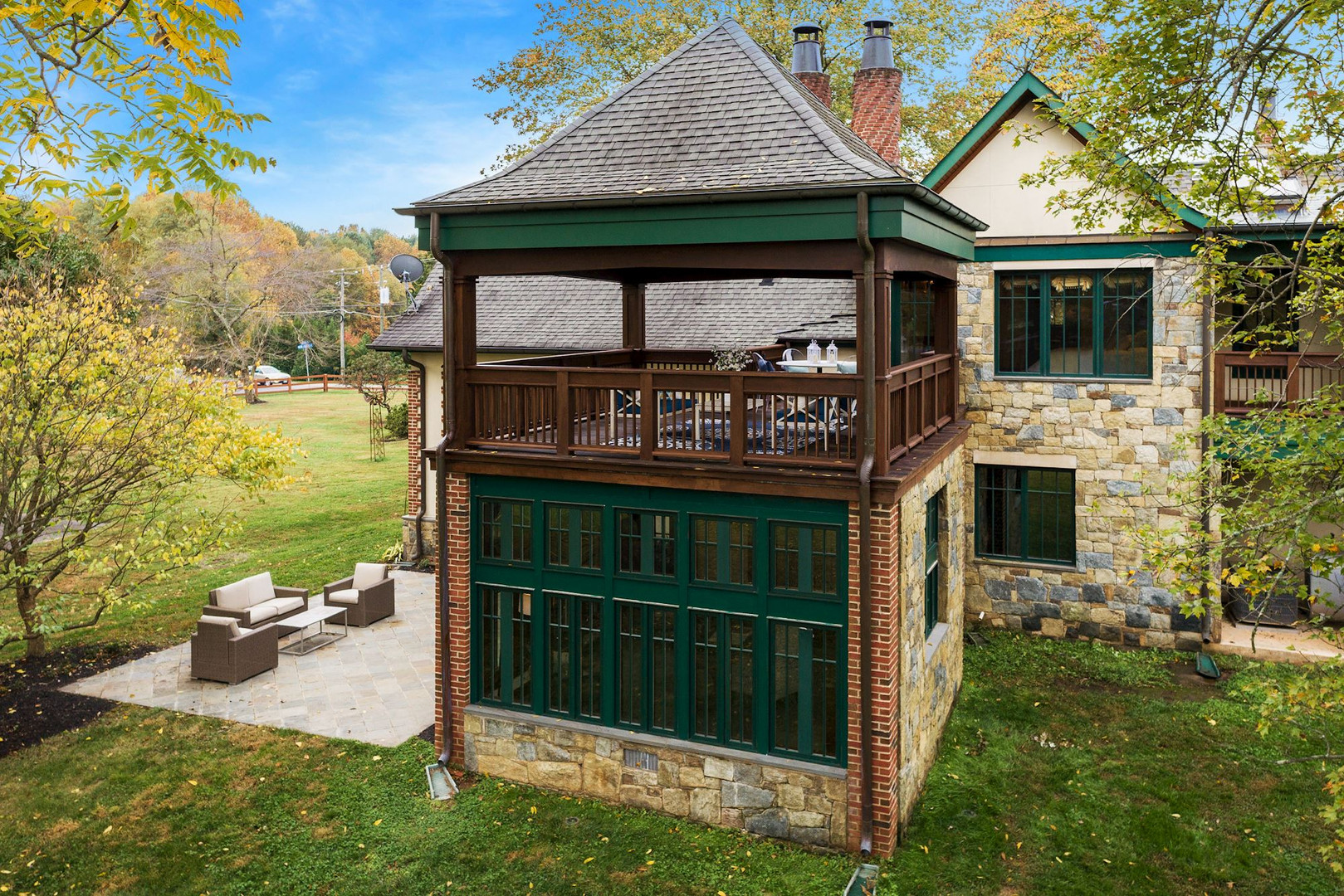 Owner's Suite Deck and Sunroom/OfficeOwner's Suite Deck and Sunroom/Office