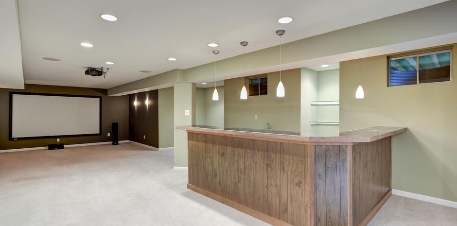 Basement Rec Room Bar