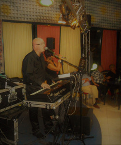 Live music - 2012 - 064.JPG