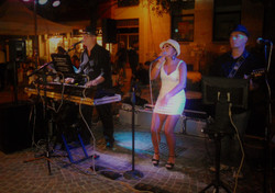 Live music - 2012 - 048.JPG