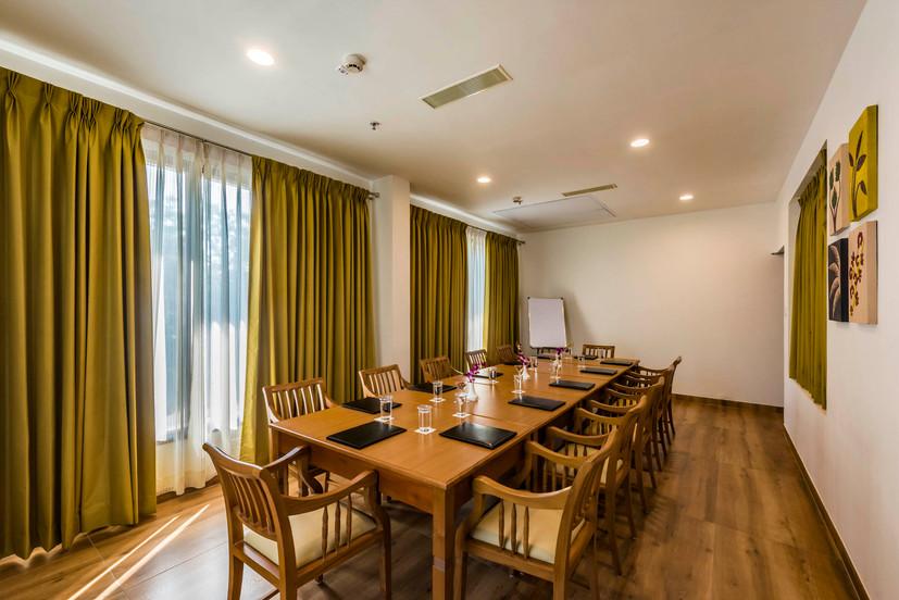 conference-room-interior-8mins-copyjpg