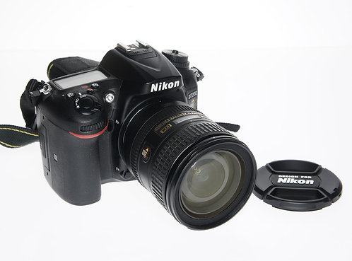 Nikon D7200 24.2 MP Digital SLR Camera (Used)