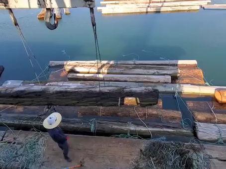 水中貯木について