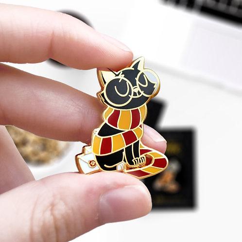 Pin's Jackson Potter Gryffondor, inspiré de l'univers Harry Potter, hard enamel pin, designé par Emma Sanchez, Amay Sancha