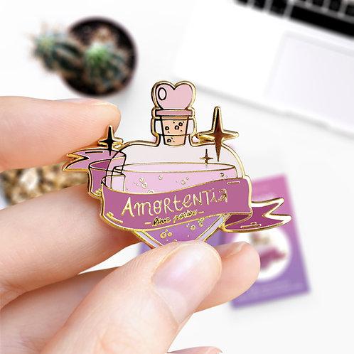 Pin's Amortentia philtre d'amour, potion magique, inspiré d'Harry Potter, lapel pin's designé par Emma Sanchez, Amay Sancha