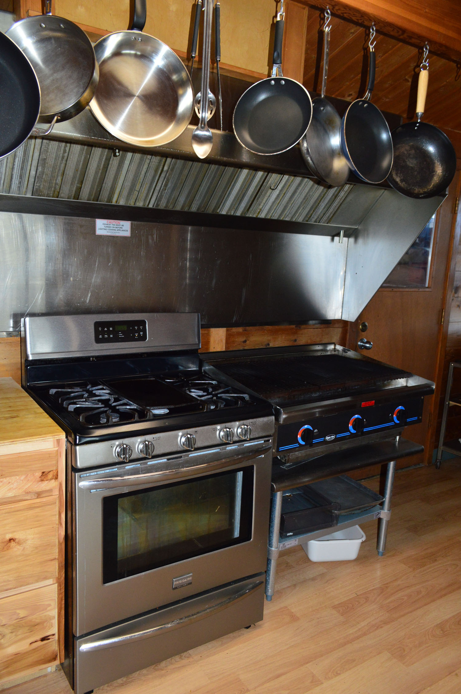 Gas Grill, Stove, & Oven