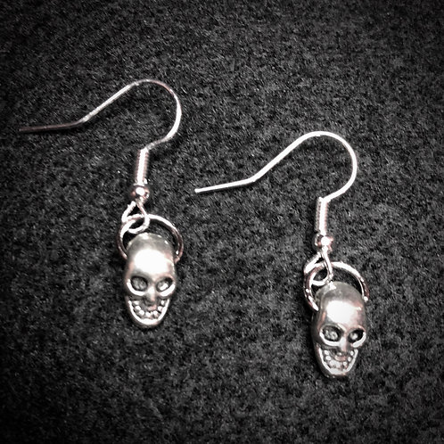 Silver Scull Earrings
