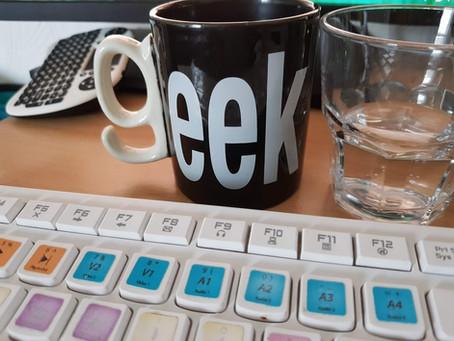 Hi I'm Andrea... and I'm a Geek.
