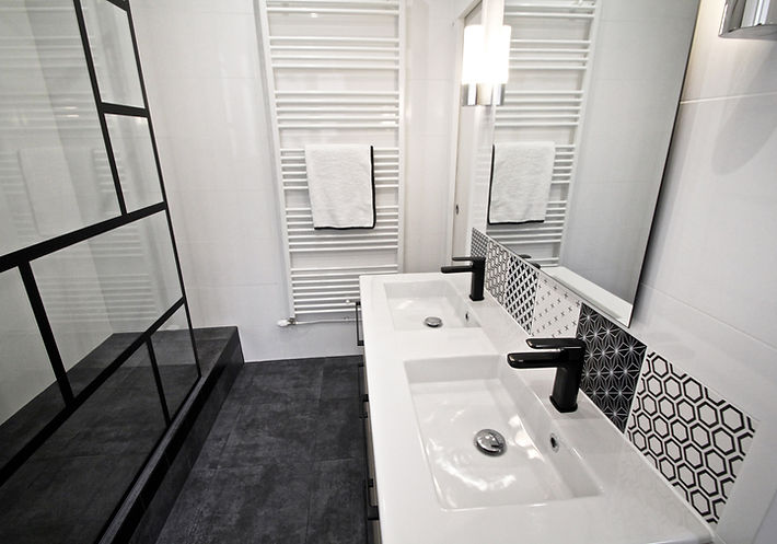 Monceau Paris Project Portfolio Christi Rolland Home Interiors Apartment Renovation Bathroom