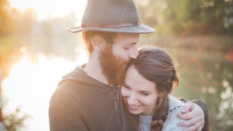 Inibição e jogos de poder em relacionamentos amorosos