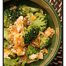 99	BROCCOLI PHAD KAI (with Egg or without)	[E] [W] [S] [G]