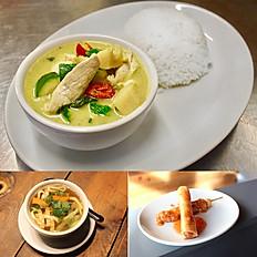Green chicken curry with steam jasmine rice
