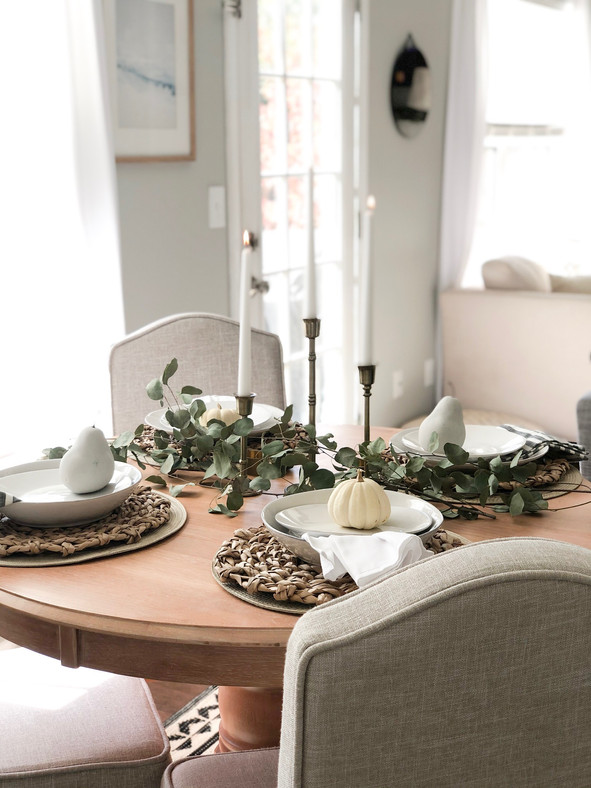 Natural + neutral Thanksgiving tablescape