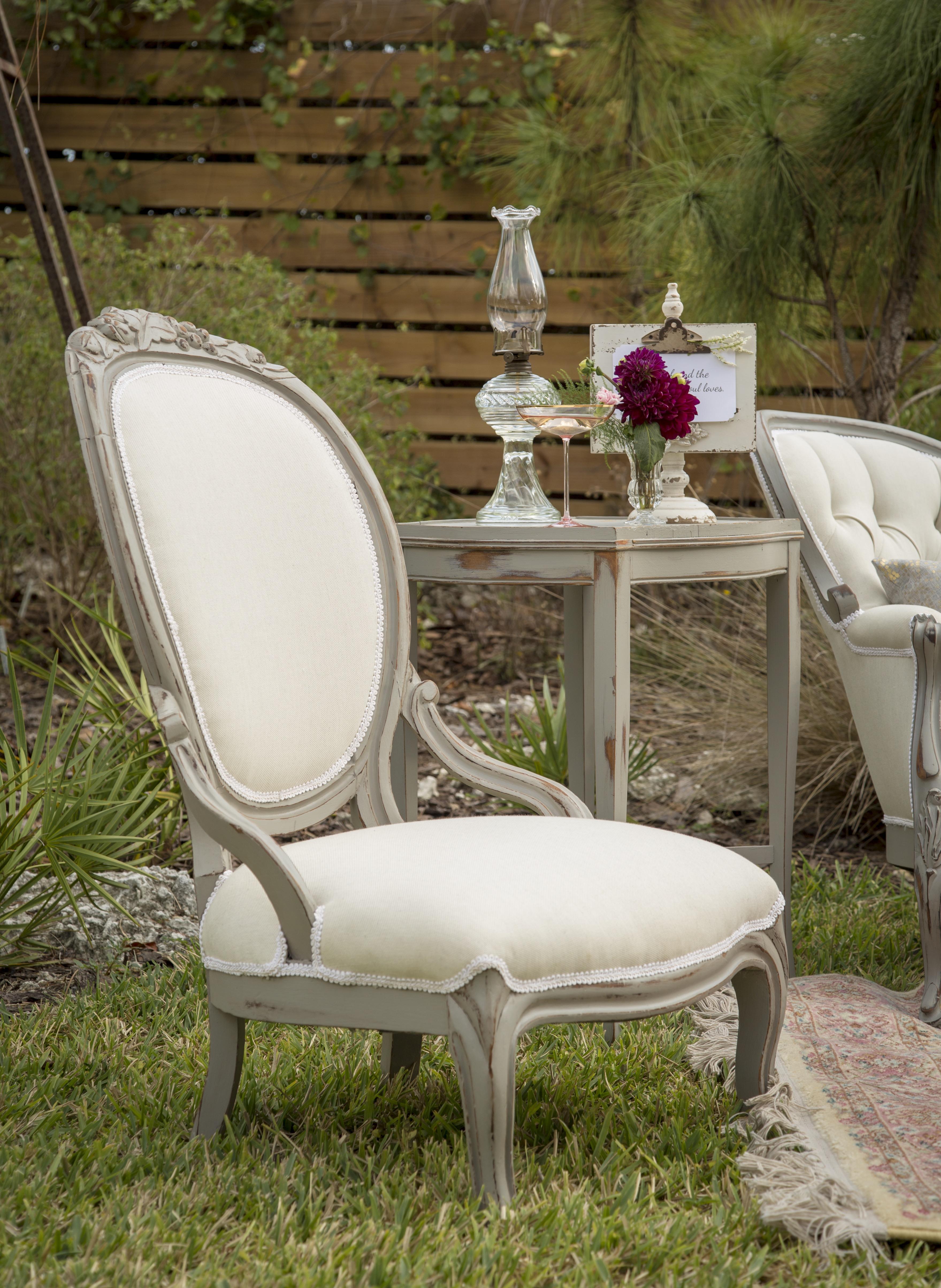 Julia Queen Chair