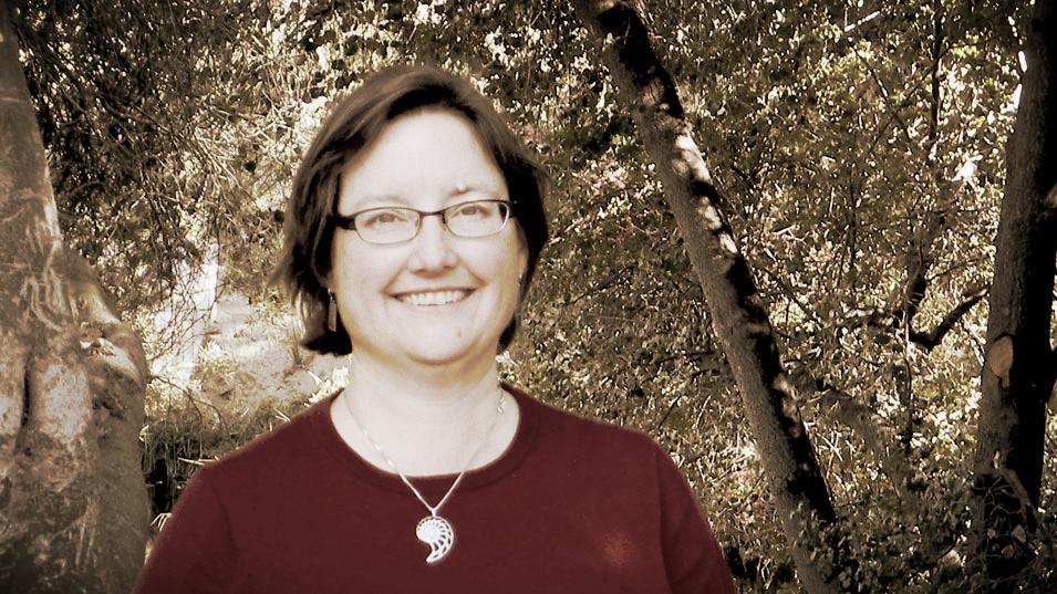 co-Chair: LOUISE KELLOGG