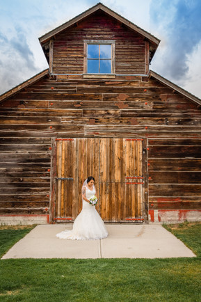 Country style wedding, Calgary Wedding Photographer