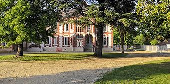 Château_Vignalou.jpg