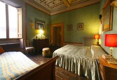 room 8 BIS.jpg
