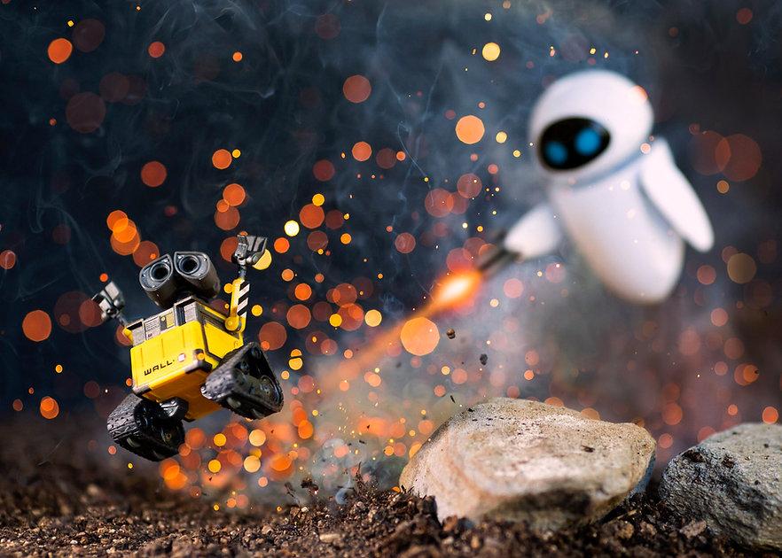 Wall-E Eve Explosion 5x7.jpg