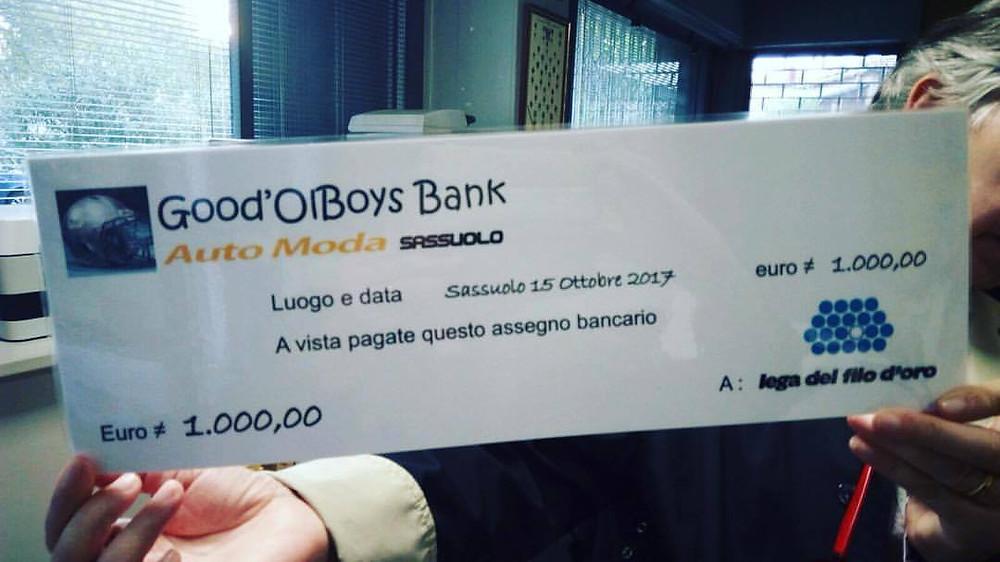 I GoodOl'Boys consegnano il primo Assegno di beneficenza alla Lega Del Filo D'ORO grazie al gentile contributo di Auto Moda Sassuolo