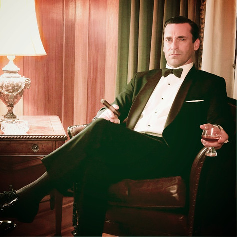 Harvey lookin' James Bond-ish