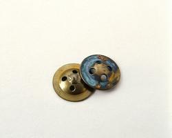 Fly Button Compas