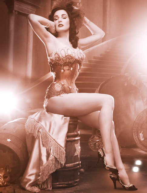 Carmen at the cabaret