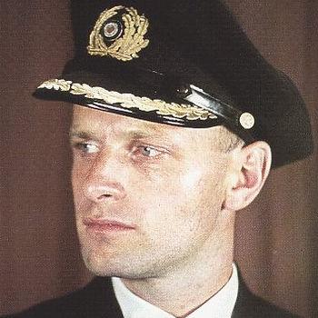 Lüth, Wolfgang - Kapitän zur See (2).jpg