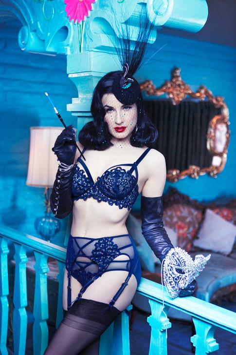 Carmen in lingerie