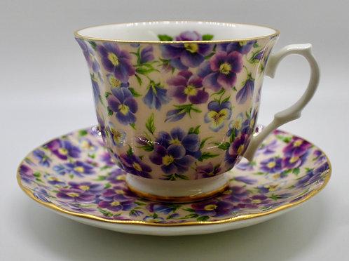 Heirloom Purple Flowers Teacup Candle