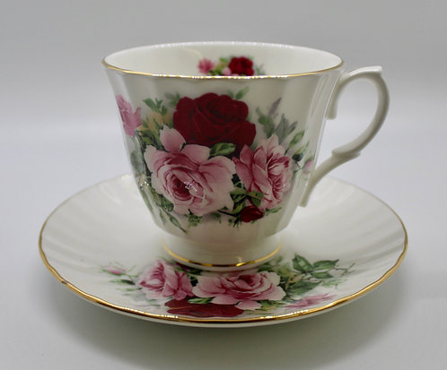 Fit for a Duchess Teacup Candle