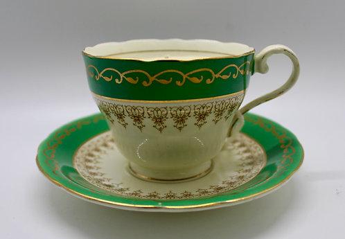 Golden Emerald Teacup Candle