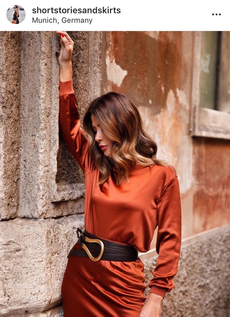 correa belt cinturón moda fashion tendencia trend mujeres fashionista statement piece outifits look prenda ropa bloggers