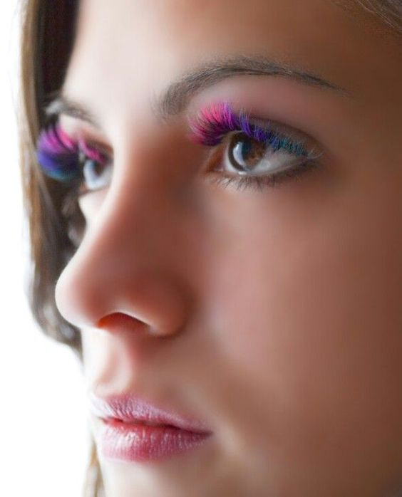 pestañas, colores, coloridas, eyelashes, colored eyelashes, makeup, maquillaje, tendencias