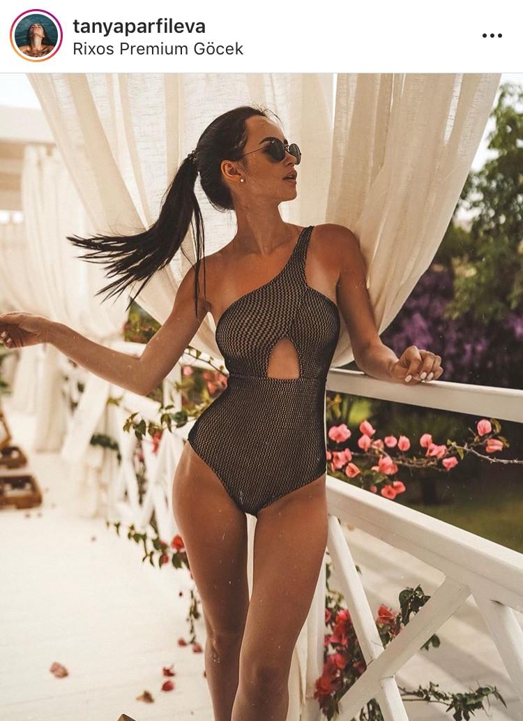 summer trend fashion lover fashionista blogger verano ultimas tendencias 2019 playa vestidos de baño traje de baño