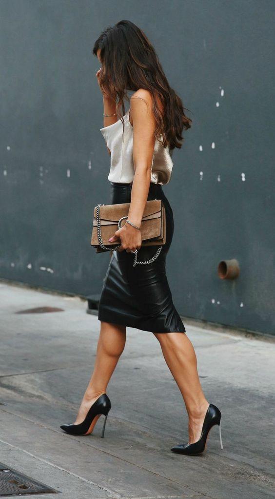 cuero leather textiles tela imitacion cuero moda fashion tendencia verano summer outfit inspiracion fashionista fashion lover trend 2020 revista magazine
