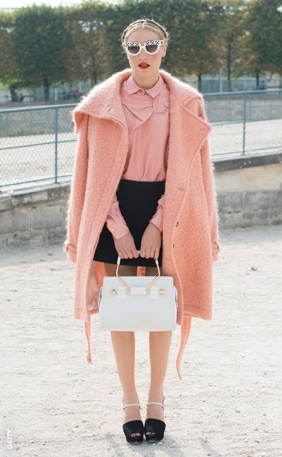 color trend pantone peach pink color colores tendencias moda fashion belleza beauty 2019