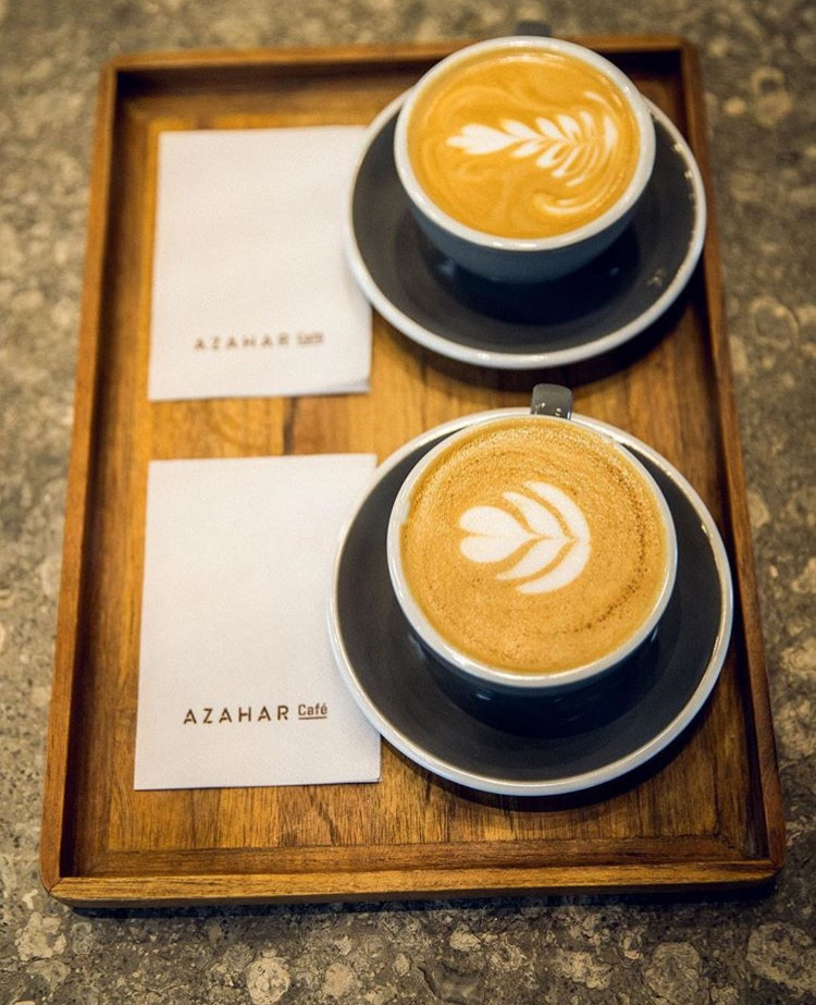 cafe coffe amigas friends date granos de cafe lifestyle bogota miami venezuela panama mejores lugares azahar cafe