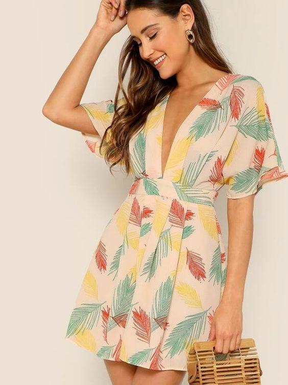 tropical print estampado tropical vestidos estampados romper jumpsuit girly verano outfit inspiracion fashion lover moda fashion tendencias 2020