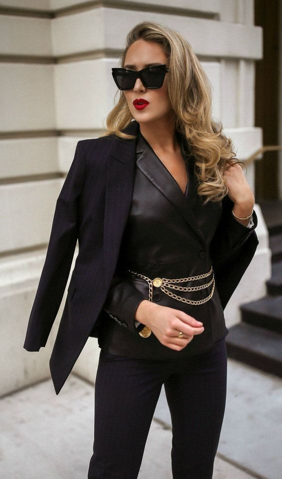 street style fashion moda tendencia trend fashionista fashion lover chain belt cinturones correas accesorios cadenas girly 2019 2020