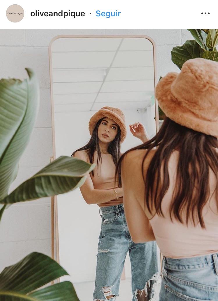 bucket hat, sombrero, sombreros pequeños, tendencias, 2020, verano, summer, accesorios, fashion, moda, revista, magazine, pty