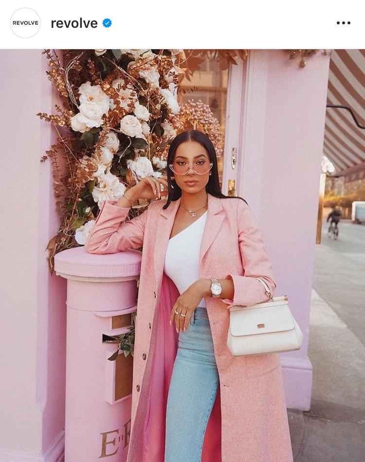 english rose, pantone, rosa viejo, rosado, rose gold, peachy, color trend, tendencia, color del año, summer, verano, 2020, outfit, moda, fashion, fashionista, girly, pink, pale pink, rosado viejo, revista, magazine