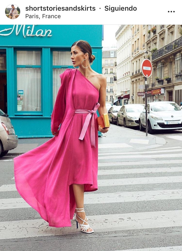 atuendos una sola manga one shoulder outfit tendencias trends fashion moda outfit inspiracion look bloggers diosa griega maxidress