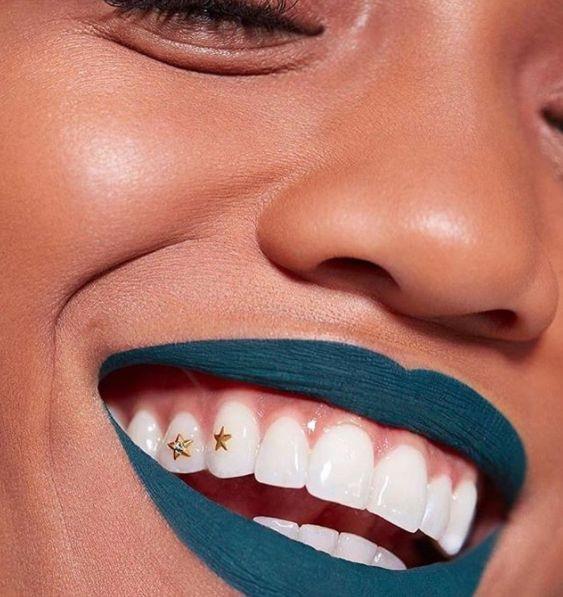 grillz lifestyle status belleza beauty tendencia hip hop rap oro diamante lujos revista magazine panama pty