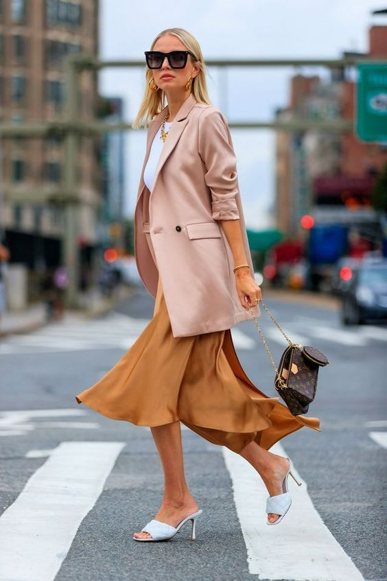 multi pochette accessories bag louis vuitton bolsos carteras fashion blogger tendencias trend trend fashionista fashion week semana de la moda 2019 2020