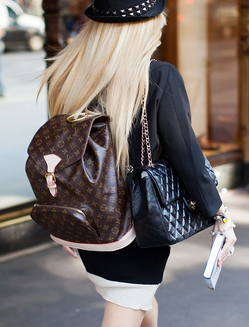 double bag bolso doble cartera doble tendencias trends moda fashion 2019 must have fashion lover fashion blogger