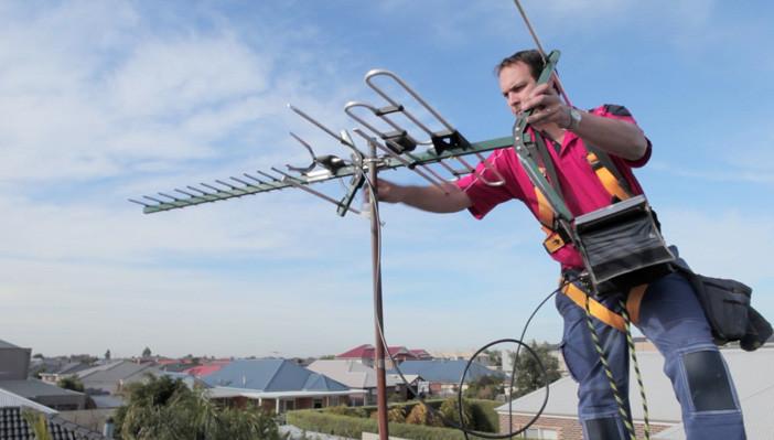 antenista na zona sul instalador técnico de antenas parabólicas, sinal digital , apontamento de antenas via satelite.