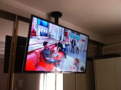 instalador de tv no suporte