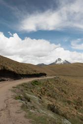 Camino hacia el Quilindaña
