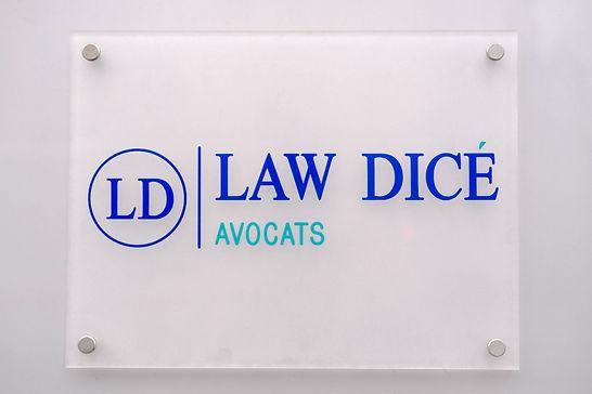 Plaque marbre Law Dicé Avocats